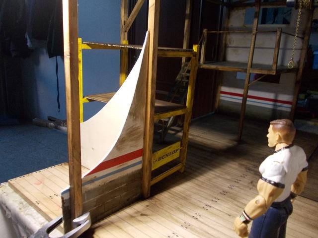 Diorama: garaje-taller crawler escala 1/10 - Página 2 DSCN0902