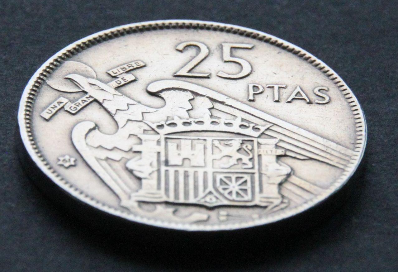 25 pesetas 1957 *61 IMG_1402