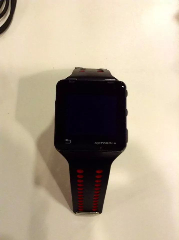 VENDIDO - Pulsometro/GPS/MP3 - Motorola MOTOACTV IMG_55047861716907