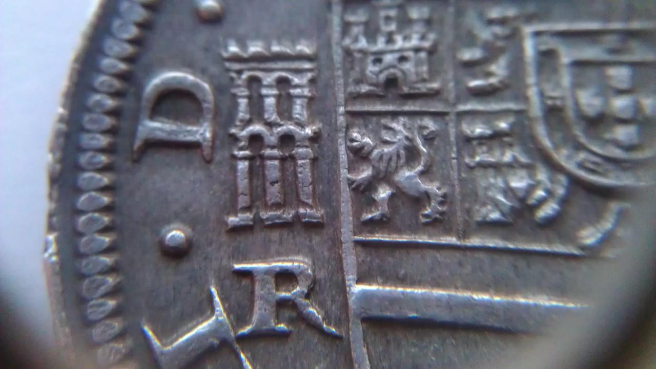 8 reales 1633. Felipe IV. Real Ingenio de Segovia. IMAG1222