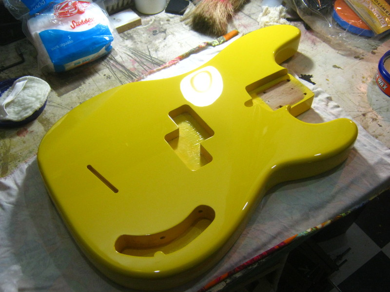 Precision Bass Amarelo (Já vi um por aqui :-P) - Finalizado IMG_2642
