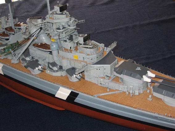 royal - I miei lavori terminati: Corazzata Bismarck, Soleil Royal, Victory. IMG_2376