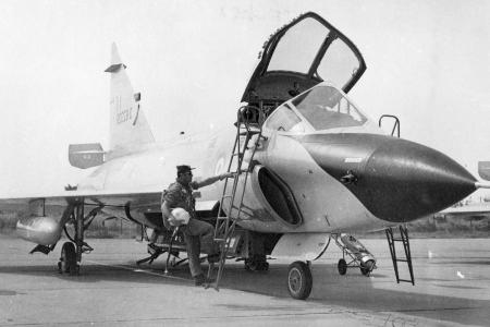 TF-102A delta dagger HAF F_102_1