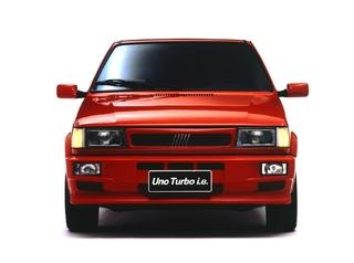 Auto Storiche in Brasile - FIAT Uno_Turbo_1995_1996