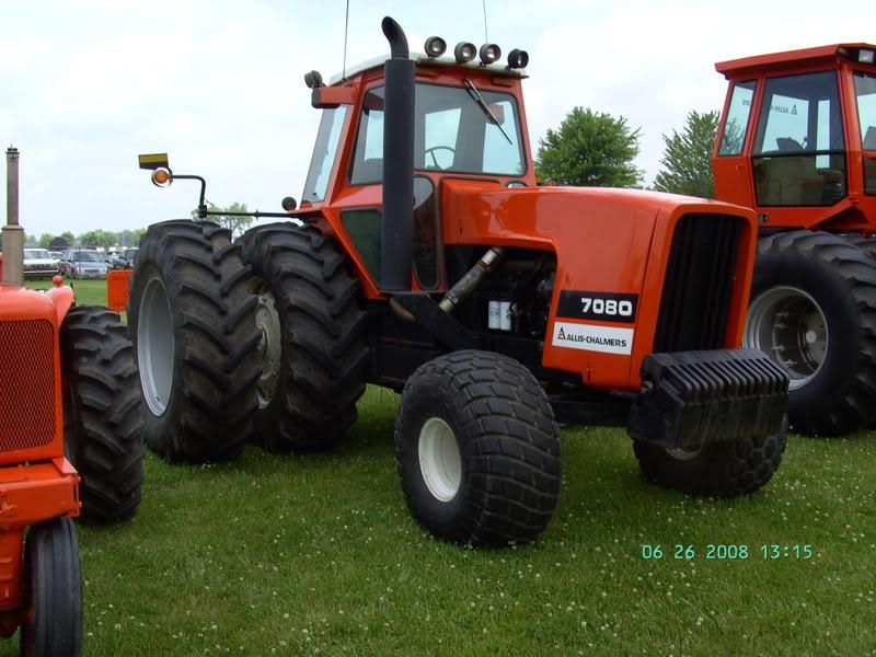 Hilo de tractores antiguos. - Página 5 ALLIS_CHALMERS_7080