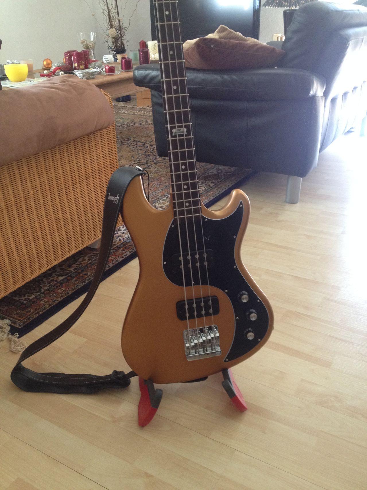 Review Baixo Gibson Eb14 4 cordas Corpo