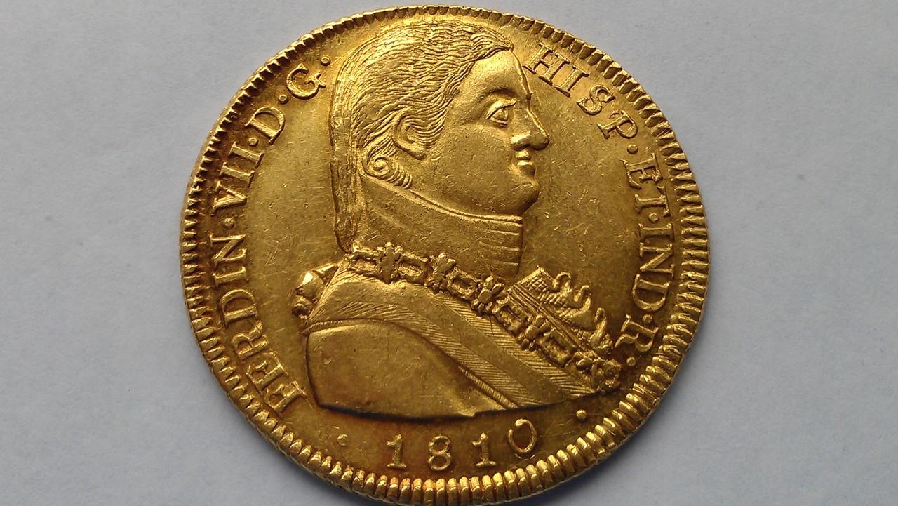 """Onza. 8 escudos Fernando VII 1810 SANTIAGO  """"Variante ceca"""" IMAG1052"""
