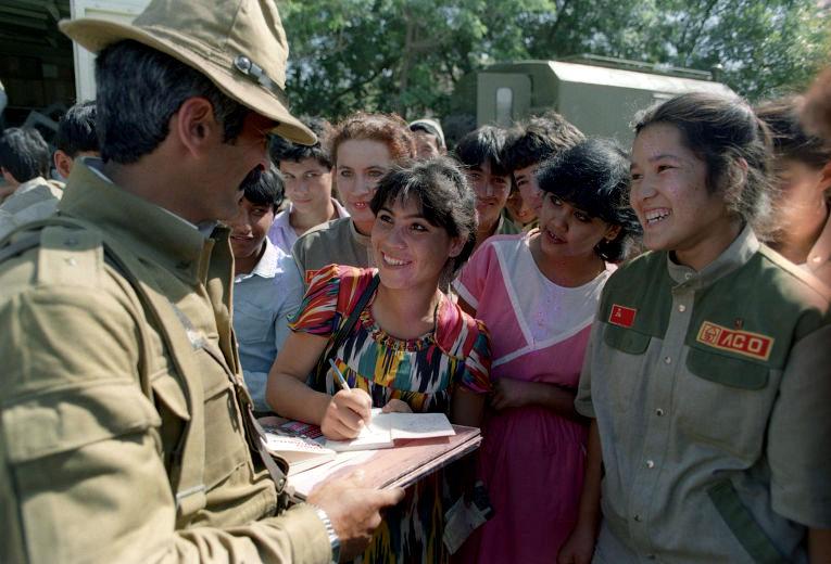 Soviet Afghanistan war - Page 5 0_13bd13_c3e1a12a_orig