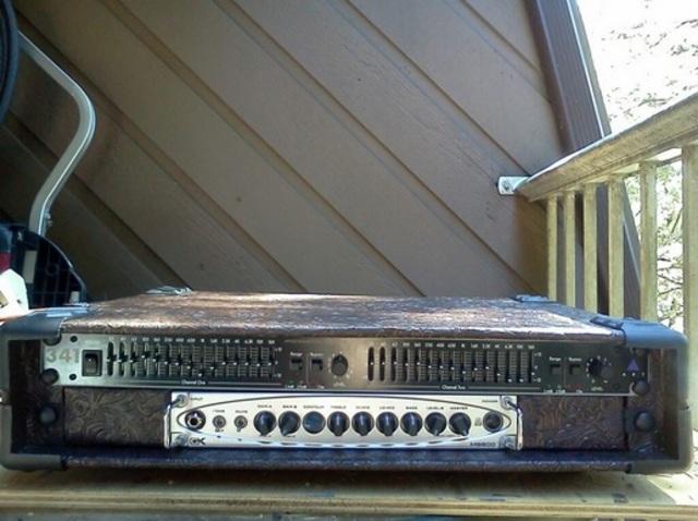 Você compraria um amp Classe D de novo? - Página 7 Rack_mb800dualeq