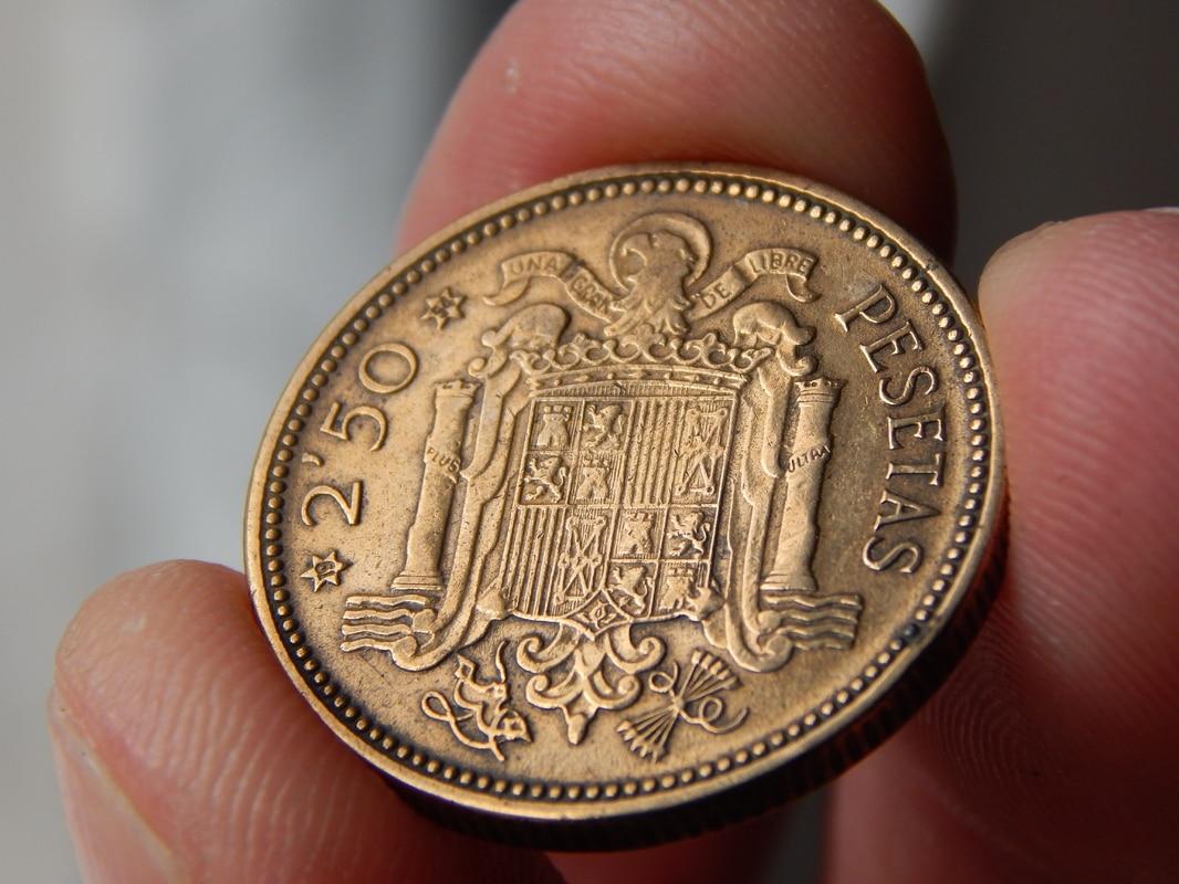 2,50 pesetas 1953 (*19-54). Estado Español DSCN2513