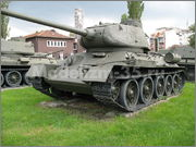 Советский средний танк Т-34-85, производства завода № 112,  Военно-исторический музей, София, Болгария 34_85_124