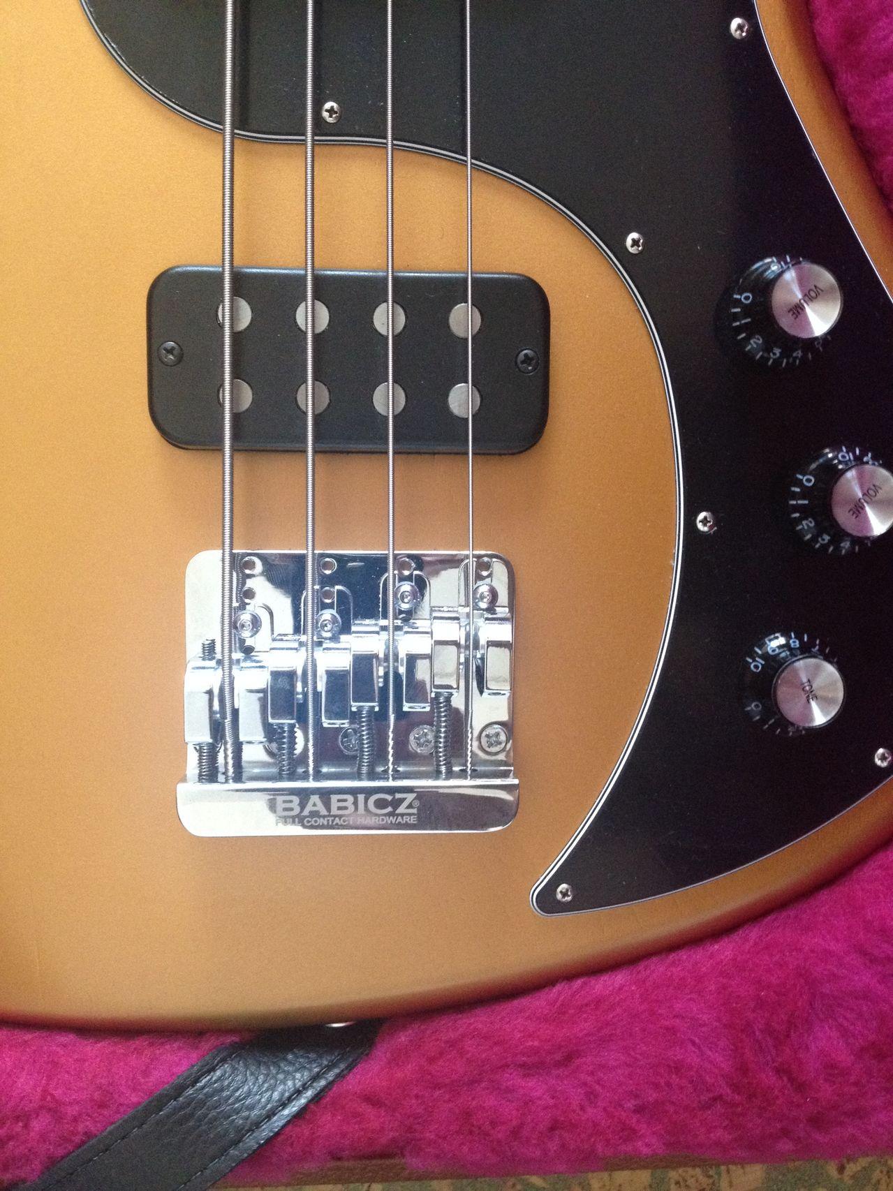 Review Baixo Gibson Eb14 4 cordas Ponte