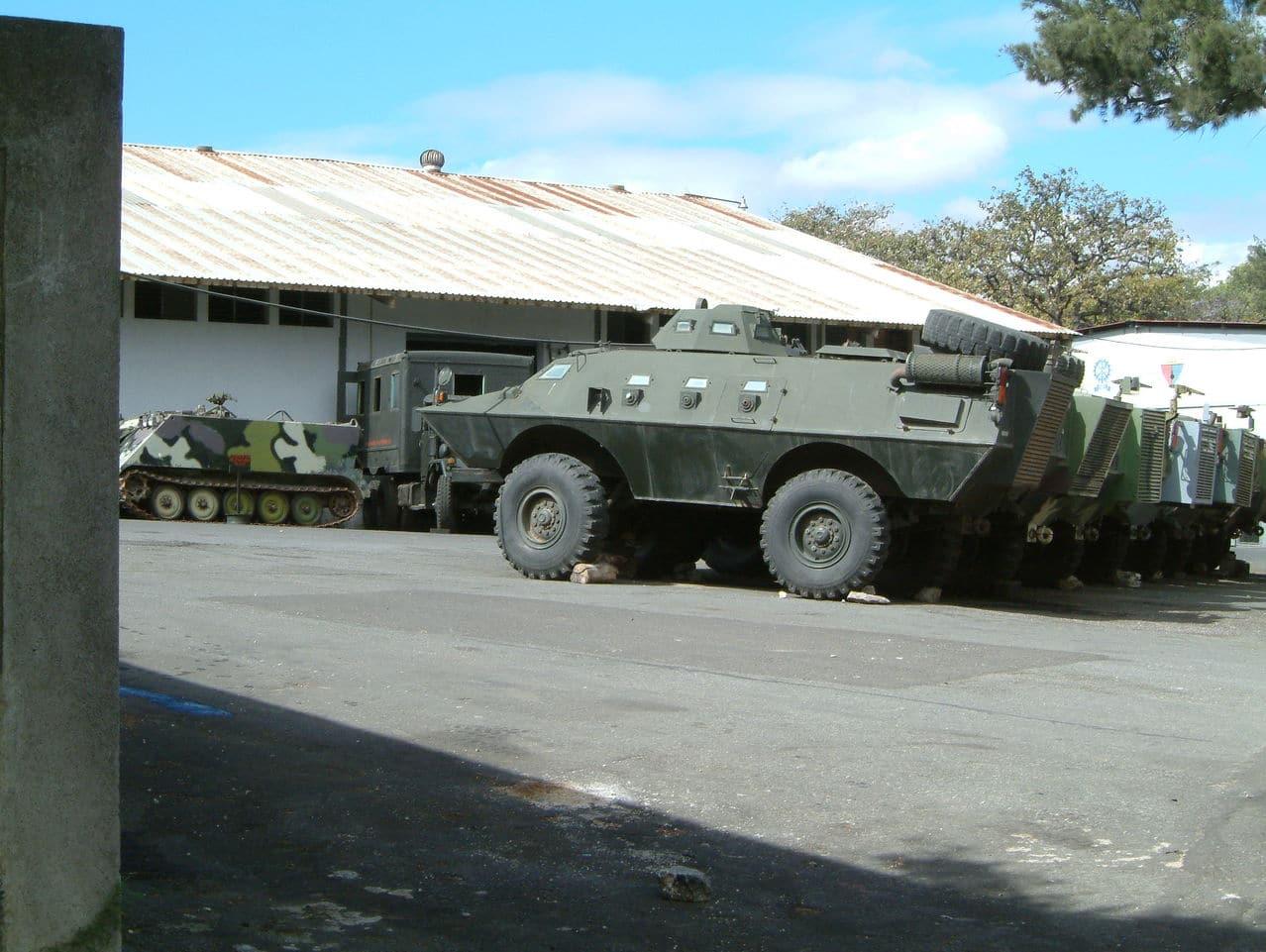 Fuerzas Armadas de Guatemala - Página 5 ARMADILLO_CON_TORRETA_5
