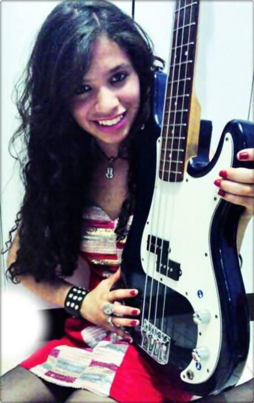 Clube do Precision Bass Parte II (administrado pelo GeTorres) - Página 18 1209419_418802094893171_1443694098_n