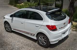 Fiat in Brasile - Pagina 3 Chevrolet_Onix_Effect_2015