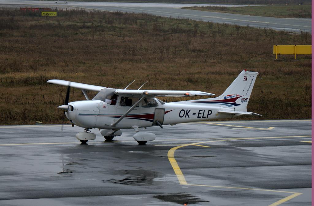 Aeroportul Arad - Noiembrie 2014 DSC_8922