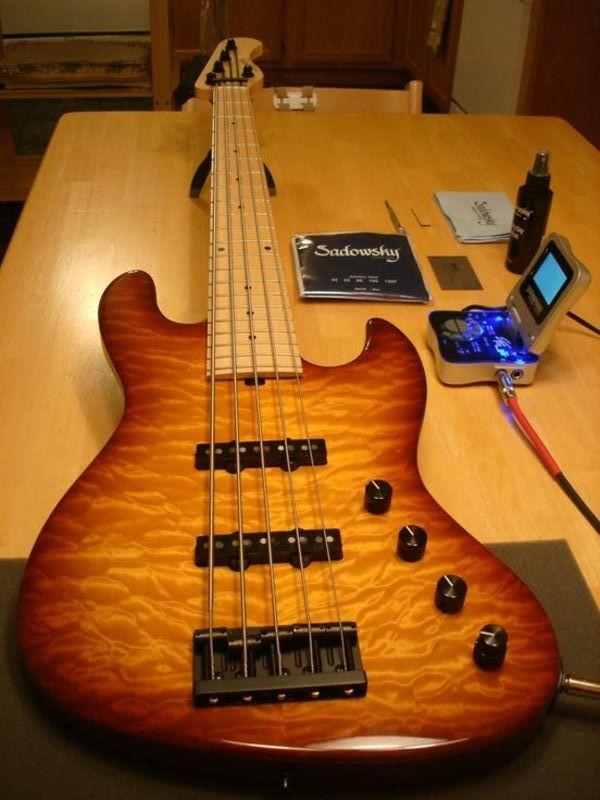 Mostre o mais belo Jazz Bass que você já viu - Página 6 7db3c54b6d522e38d9fd421d04309c96