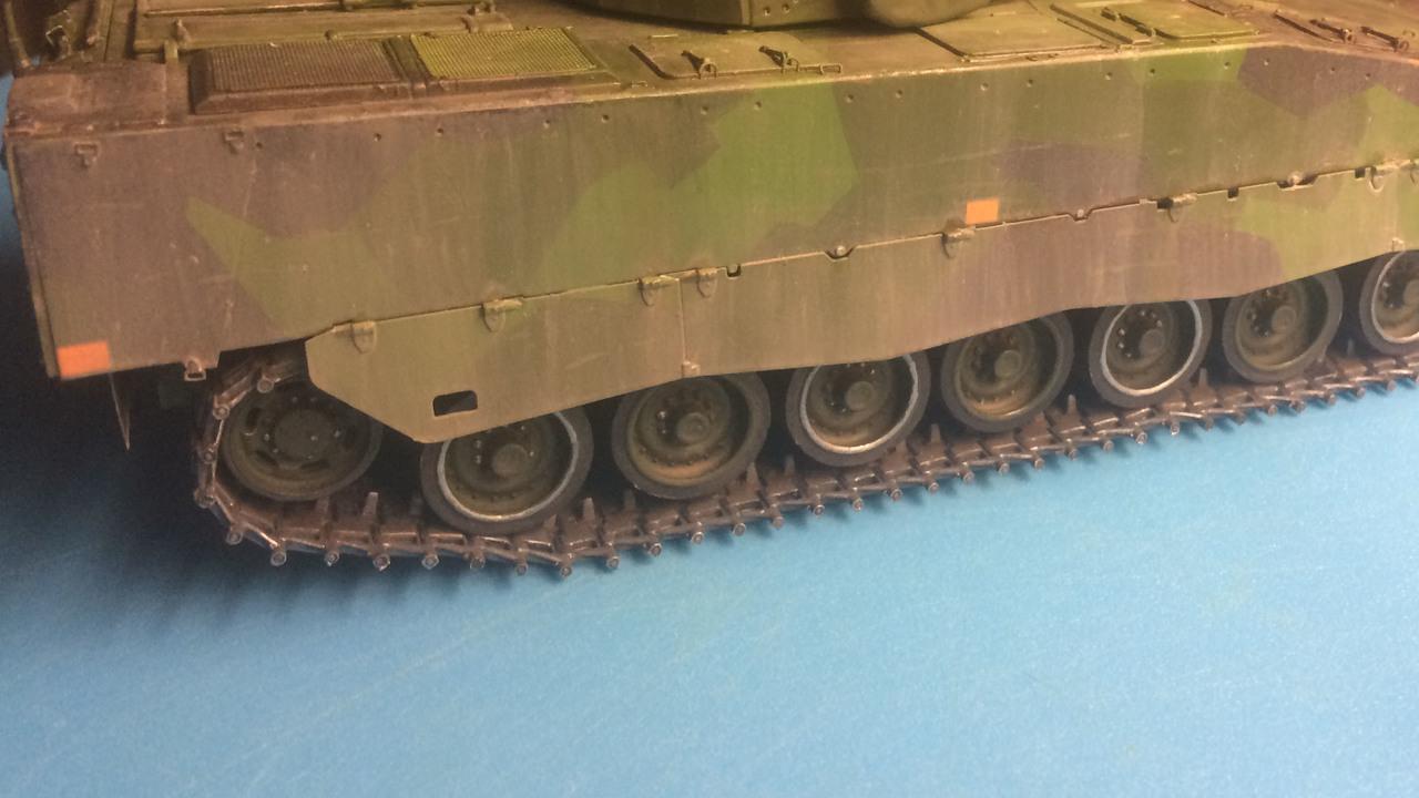 """CV9040 B - Vargtass blir """"plåtad"""" - Sida 2 IMG_2981"""