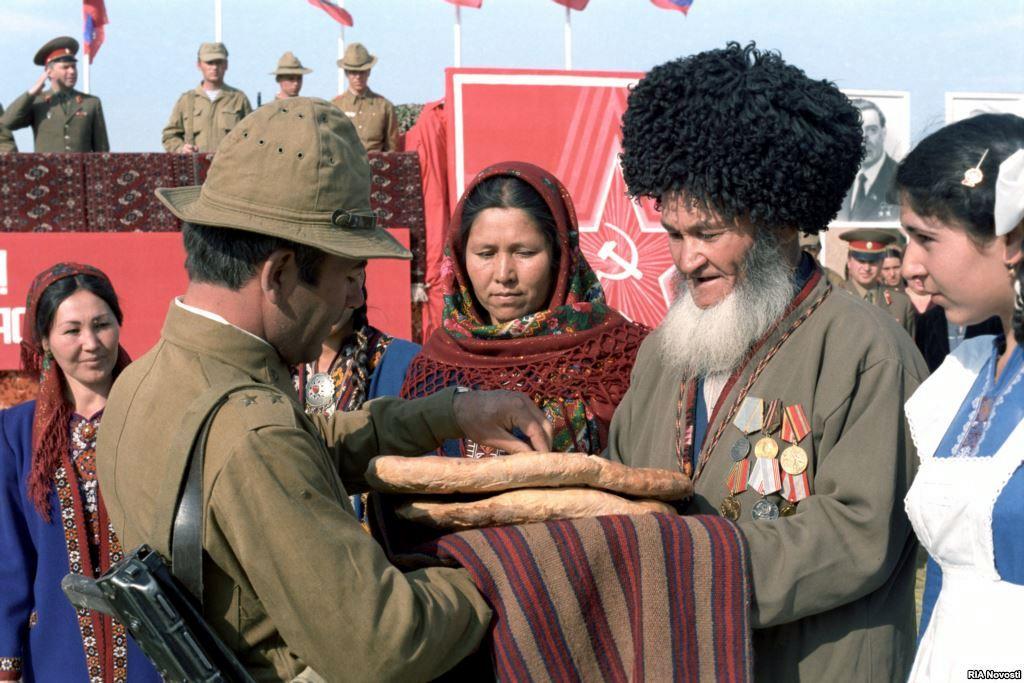 Soviet Afghanistan war - Page 5 0_13bcfe_b5e98ac1_orig