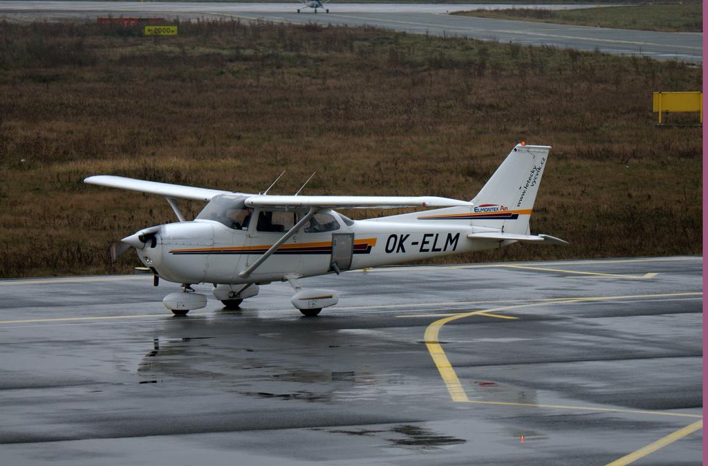 Aeroportul Arad - Noiembrie 2014 DSC_8933