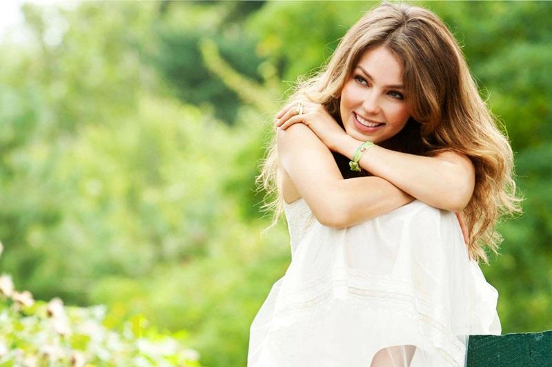 Thalia/ტალია - Page 5 Thalia_amore_mio_2015