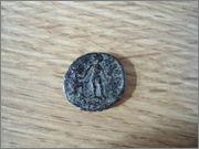 AE2 de Teodosio o Graciano. REPARATIO REIPVB. DSC08853