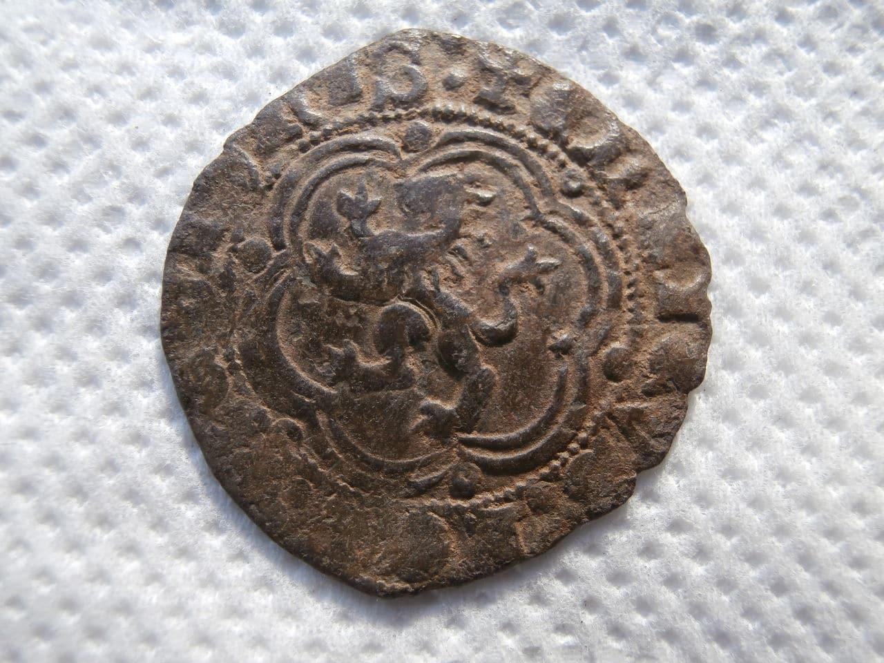 Blanca de Enrique III de Castilla 1390-1406 Sevilla. P1070129