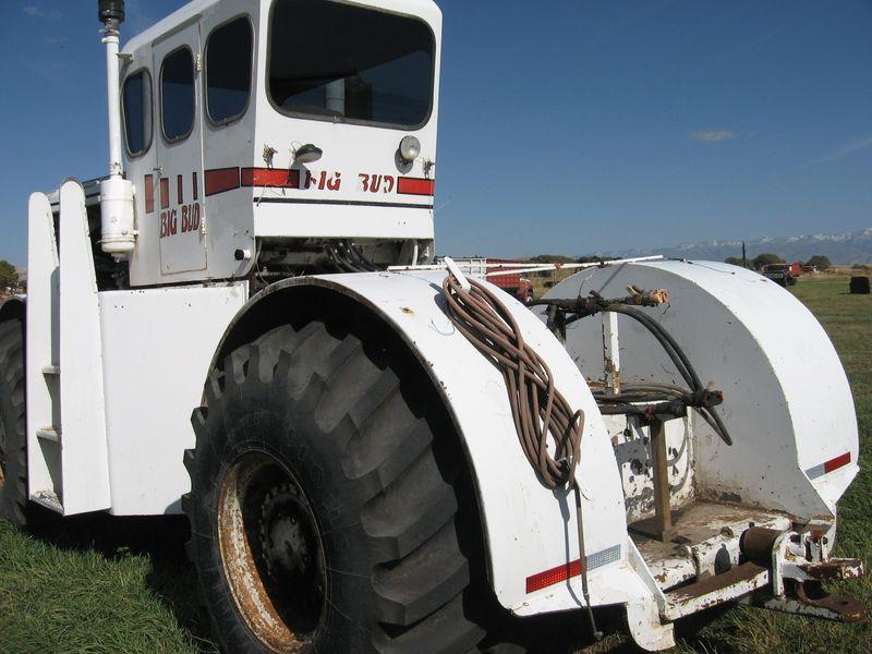 Hilo de tractores antiguos. - Página 40 BIG_BUD_HN230