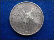 Parecidos Razonables 2_pesos_mejicanos_1921_anv