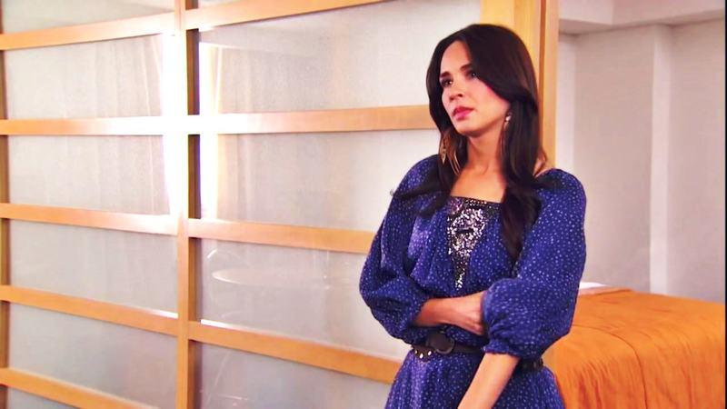 Adriana louvier/ადრიანა ლუვიერი - Page 6 32_mp4_20150524_214701_490