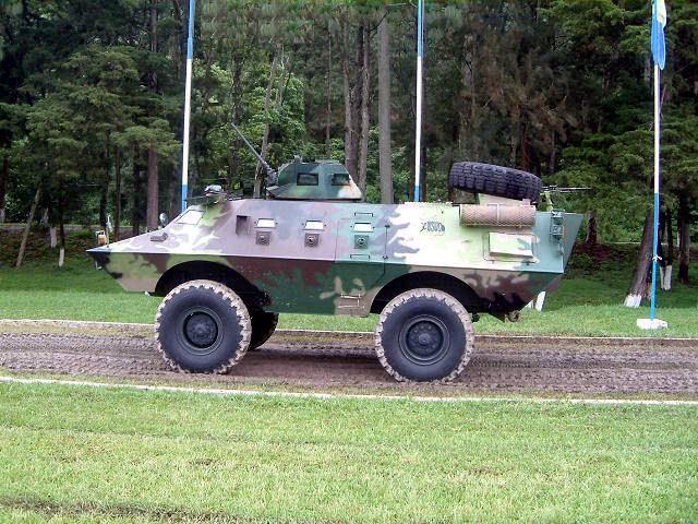 Fuerzas Armadas de Guatemala - Página 5 ARMADILLO_CON_TORRETA_17
