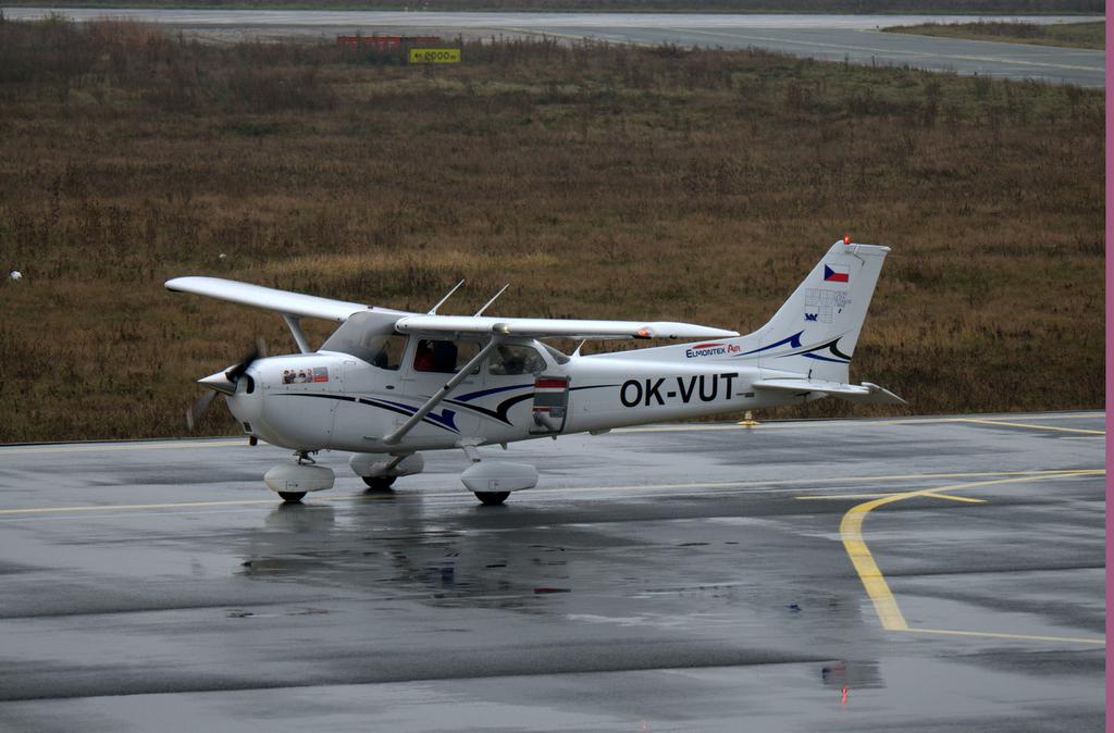 Aeroportul Arad - Noiembrie 2014 DSC_8941