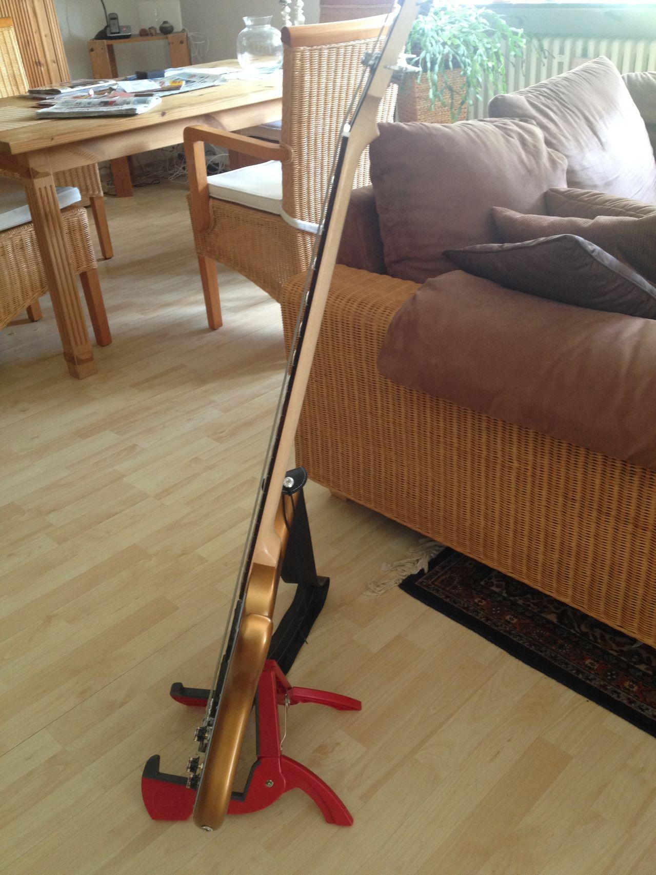 Review Baixo Gibson Eb14 4 cordas Lateral