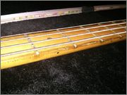 Ajuda com um Fender Precision Plus em estado duvidoso. IMG_20140117_192822