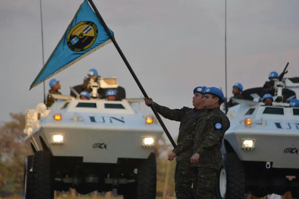 Fuerzas Armadas de Guatemala - Página 5 FUERZA_DE_TIERRA_12