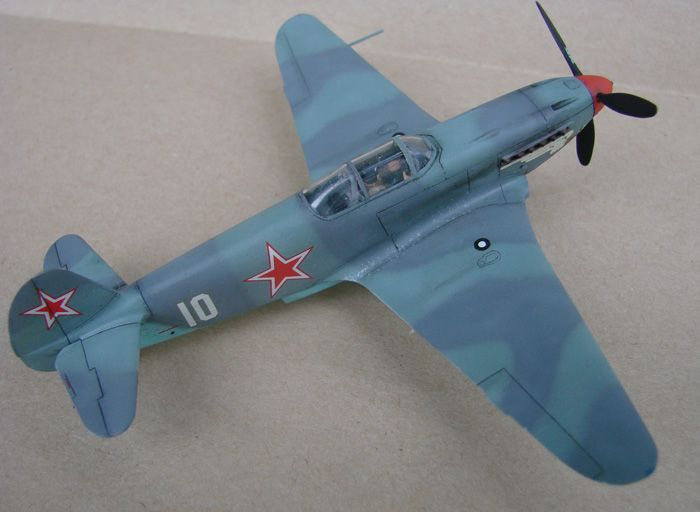 Do Božića, Yak-3, Zvezda, 1/72 - Page 2 DSC03011