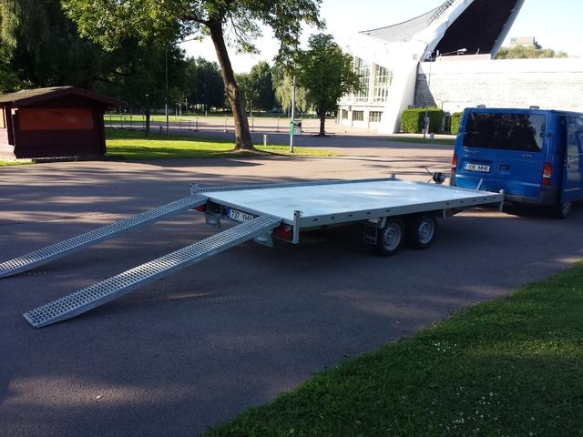 Autotreilerite, kastiga ja kaanega haagiste rent Tallinnas 20130802_183120