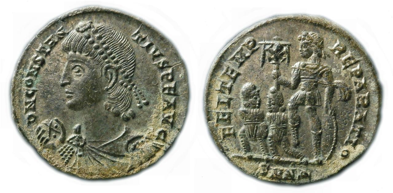 AE de Constancio II. FEL TEMP - REPARATIO. Emperador con ropa militar estante a izq. Ceca Nicomedia. Sin_t_tulo-1