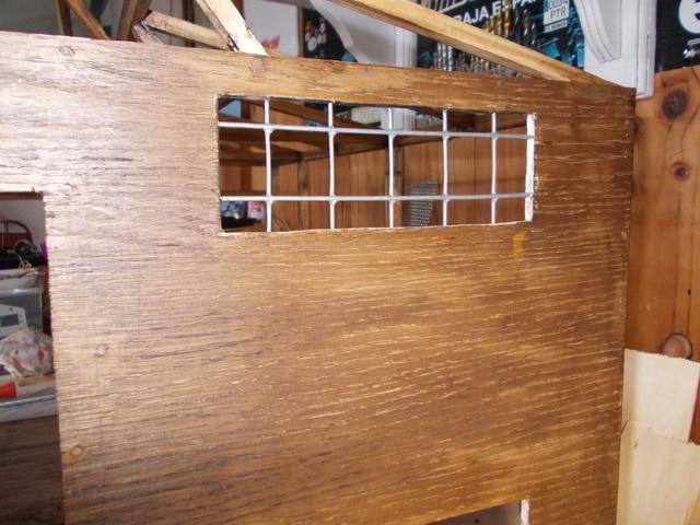 Diorama: garaje-taller crawler escala 1/10 - Página 2 DSCN0919