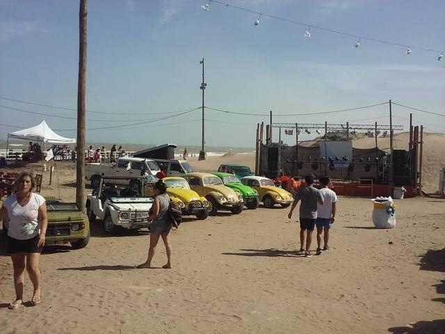 Pinamar 2016, encuentro en la costa 15541513_1327321927318982_8461506178402900676_n