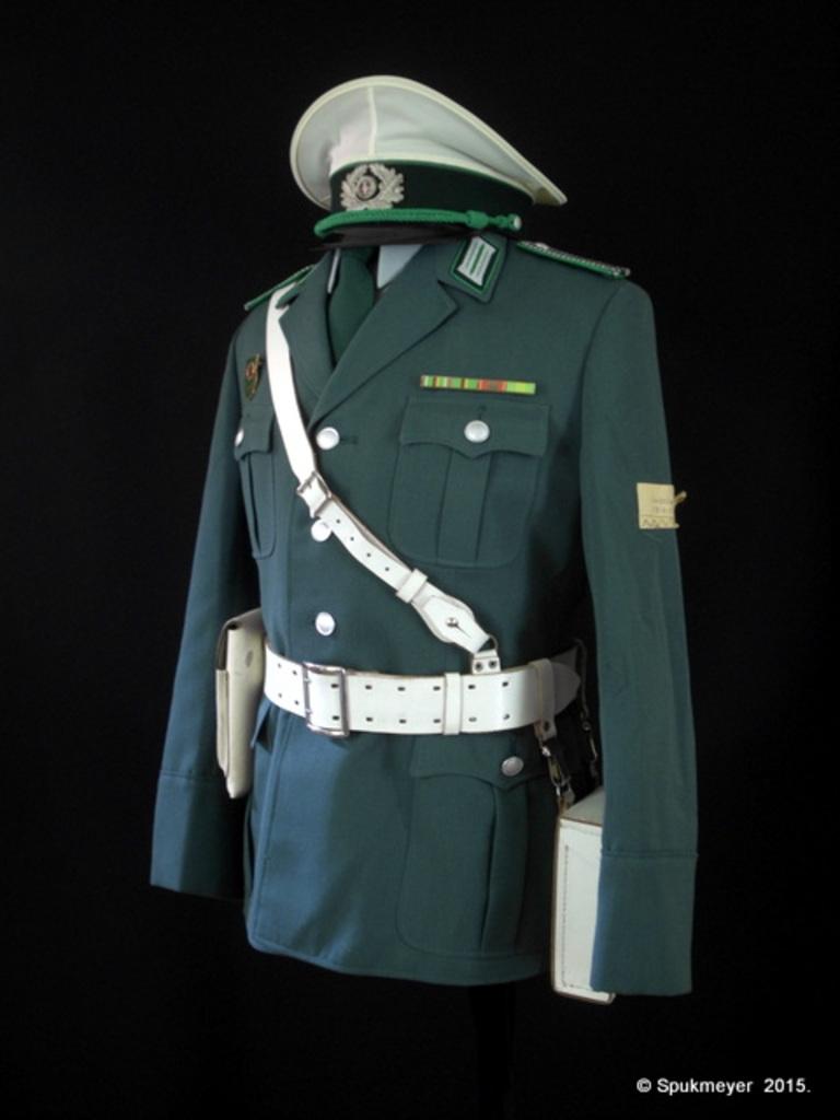 My DDR uniform - Page 4 DSCI1254