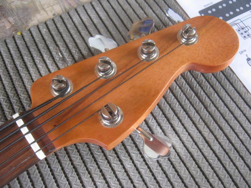 Precision Bass V IMG_3315