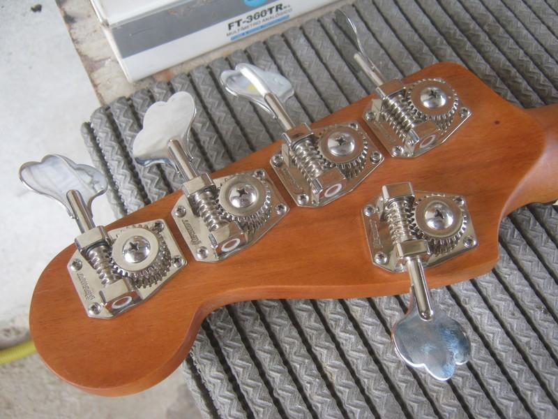Precision Bass V IMG_3318