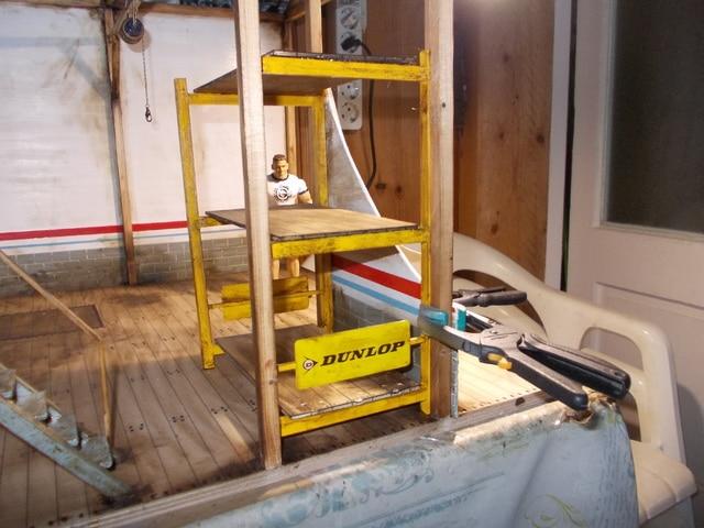 Diorama: garaje-taller crawler escala 1/10 - Página 2 DSCN0900