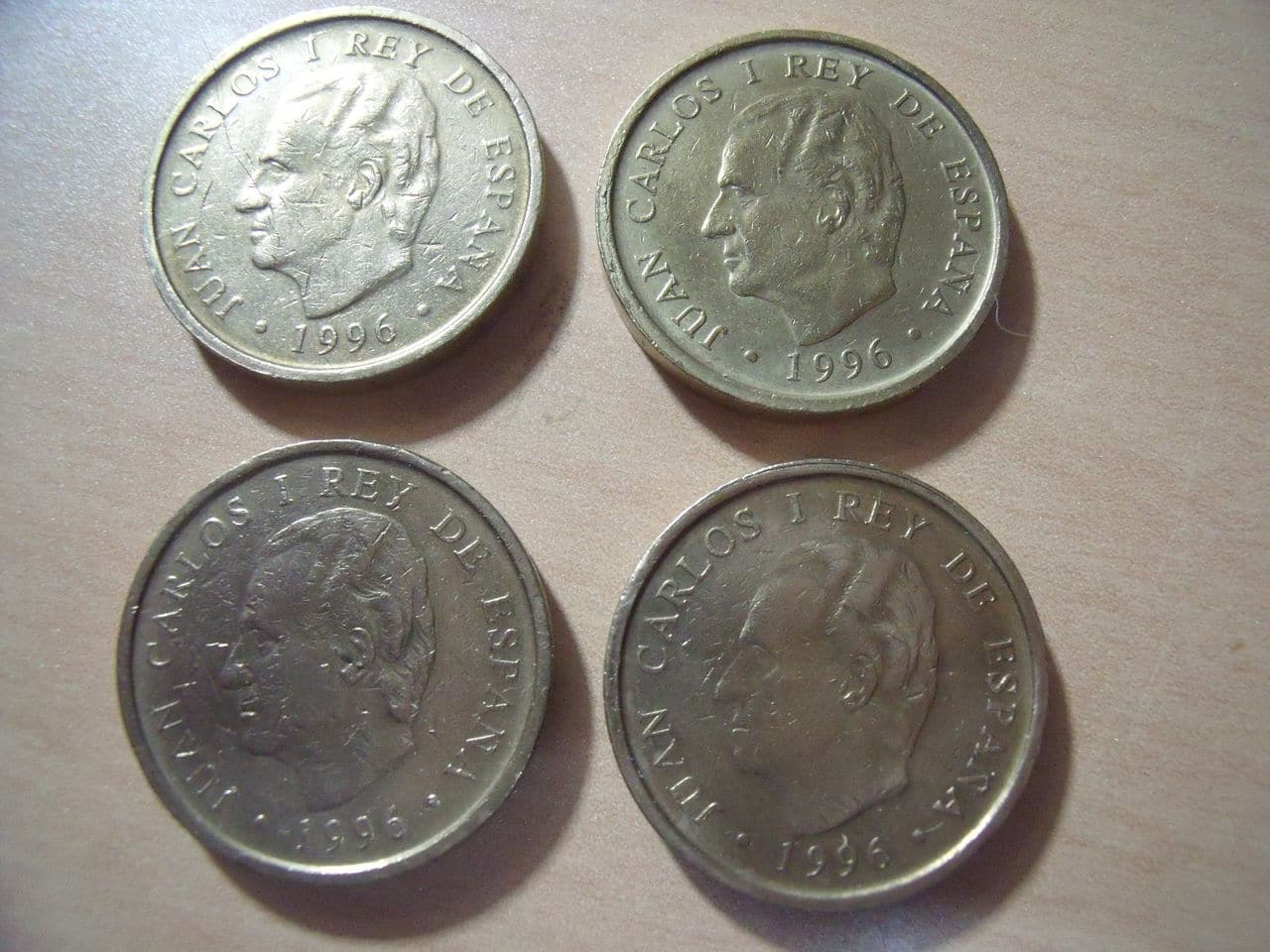 Variantes en monedas 100 Ptas. JCI 100_Ptas_1996_canto_ancho_005
