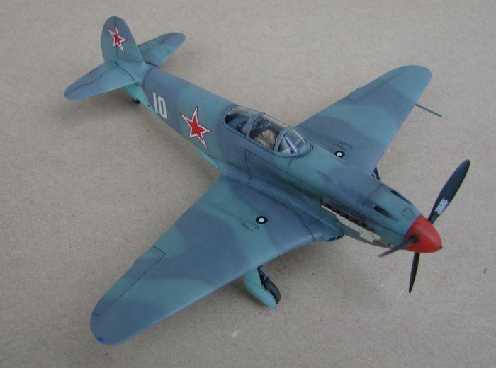 Do Božića, Yak-3, Zvezda, 1/72 - Page 2 DSC03008