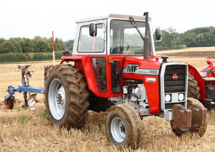 Hilo de tractores antiguos. - Página 3 MF_590