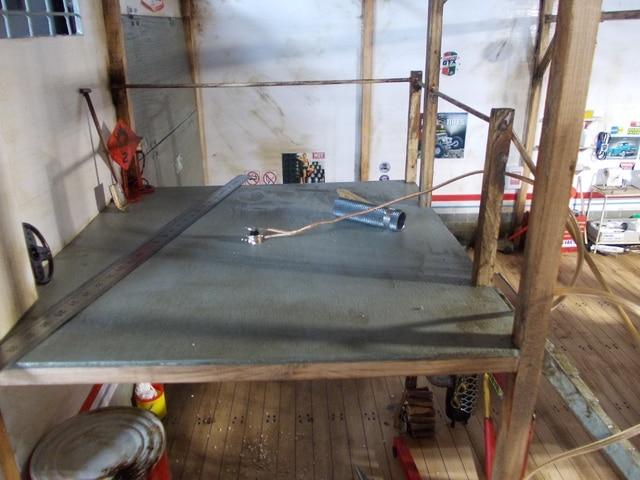 Diorama: garaje-taller crawler escala 1/10 - Página 2 DSCN0970