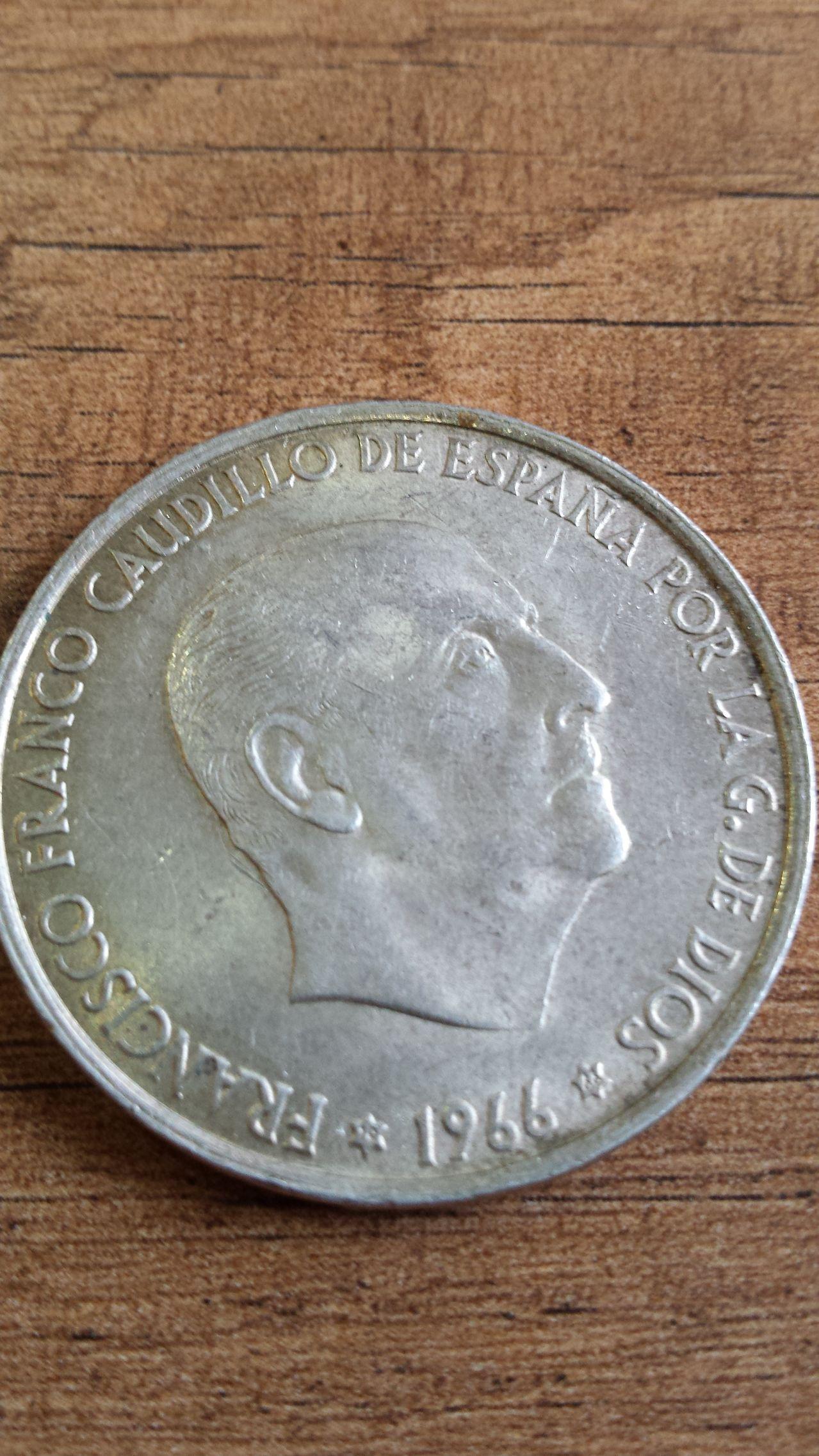 100 ptas Estado español 20140402_161447