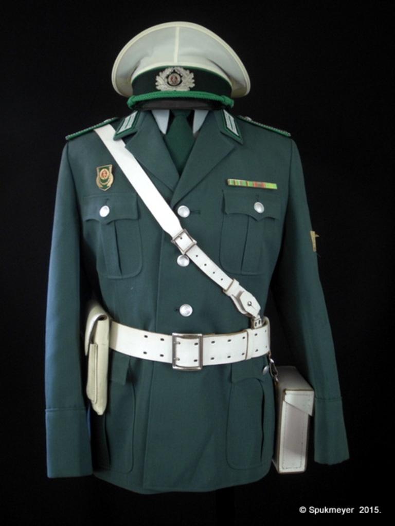 My DDR uniform - Page 4 DSCI1252